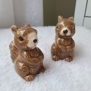 Salt and Pepper shaker in ceramic squirrel shape